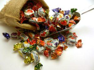 Μαλακές καραμέλες καλυμμένες με κρυσταλλική ζάχαρη ζελεδάκια