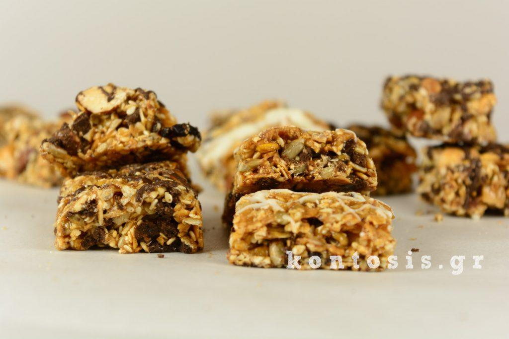Μίνι μπάρες δημητριακών και ξηρών καρπών