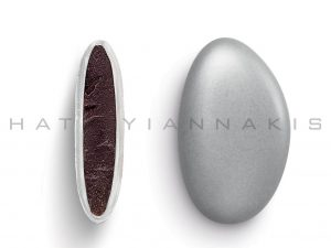 chocolate (70% cocoa) with a thin layer of sugar coating-silver metallic